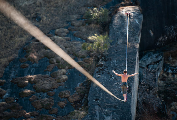 Highlining – zwiedzanie na wysokim poziomie