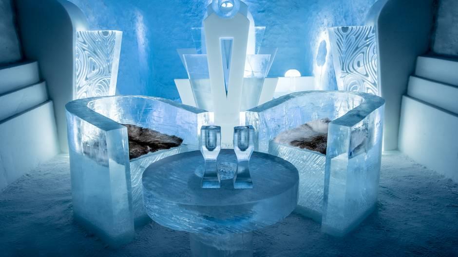 lodowy hotel szwecja