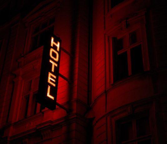 hotele bezprawnie gromadzą dane