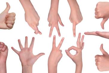 Obraźliwe gesty za granicą. Jakich warto unikać?