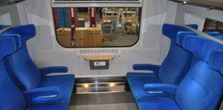 przedział w pociągu